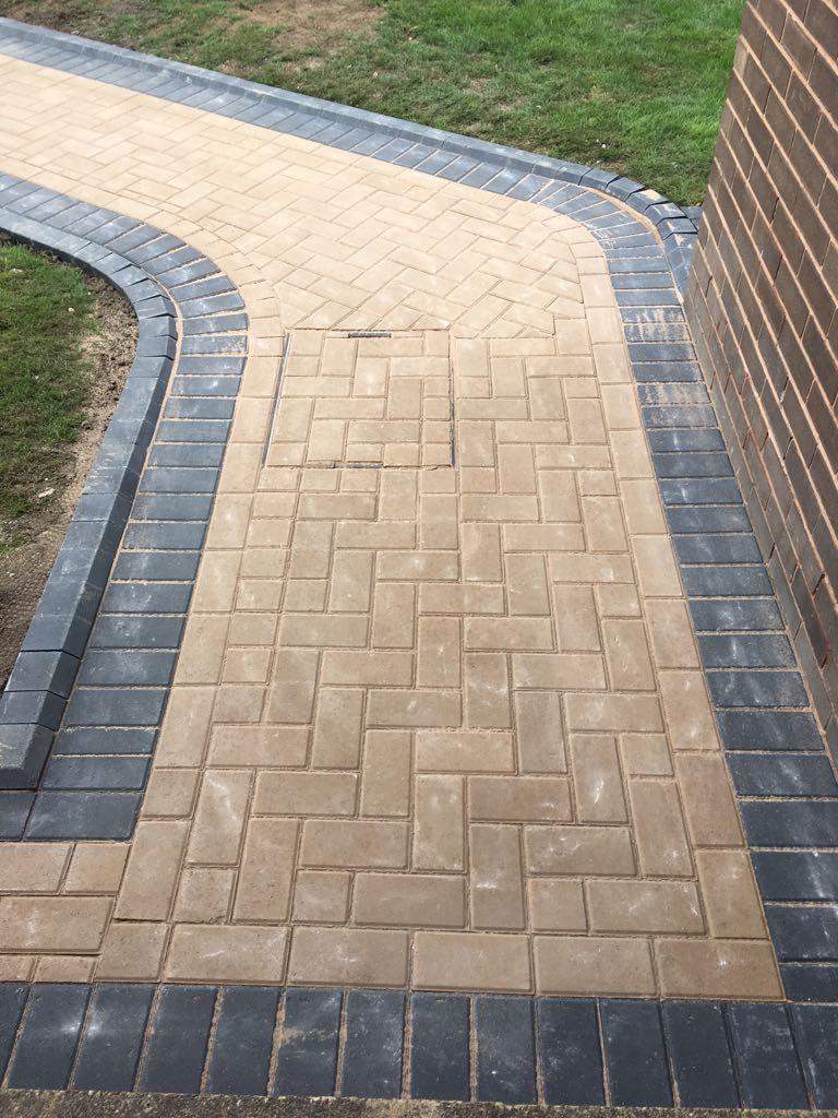 block paving contractor leeds, driveways leeds
