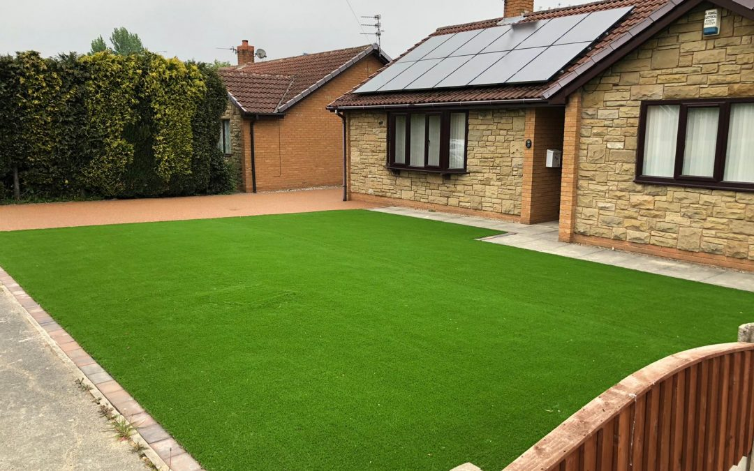 Real vs Artificial Grass. Which will suit you more?